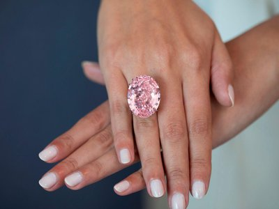 Even the strongest hands might get tired wearing a 59.6-carat pink diamond.