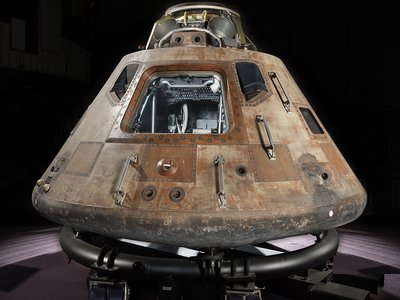 After orbiting the moon, Columbia made a nationwide tour that ended in 1971 when the command module came to the Smithsonian Institution in Washington D.C.