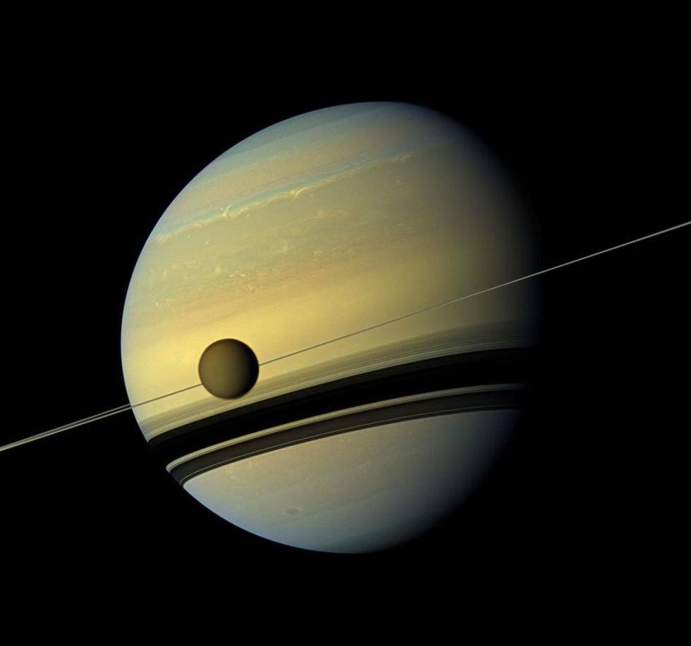 NASA's Dragonfly Mission Will Fly Through the Clouds of Titan, Saturn's Biggest Moon