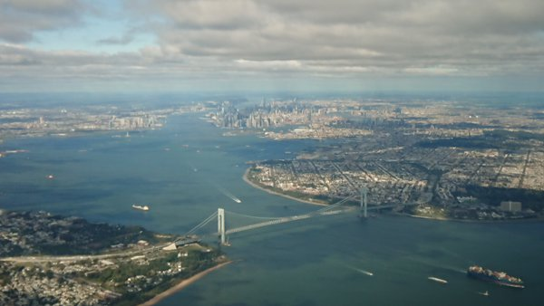 The Verrazzano Bridge frames New York City on approach to LaGuardia Airport thumbnail