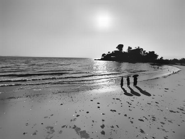 Beach walk thumbnail