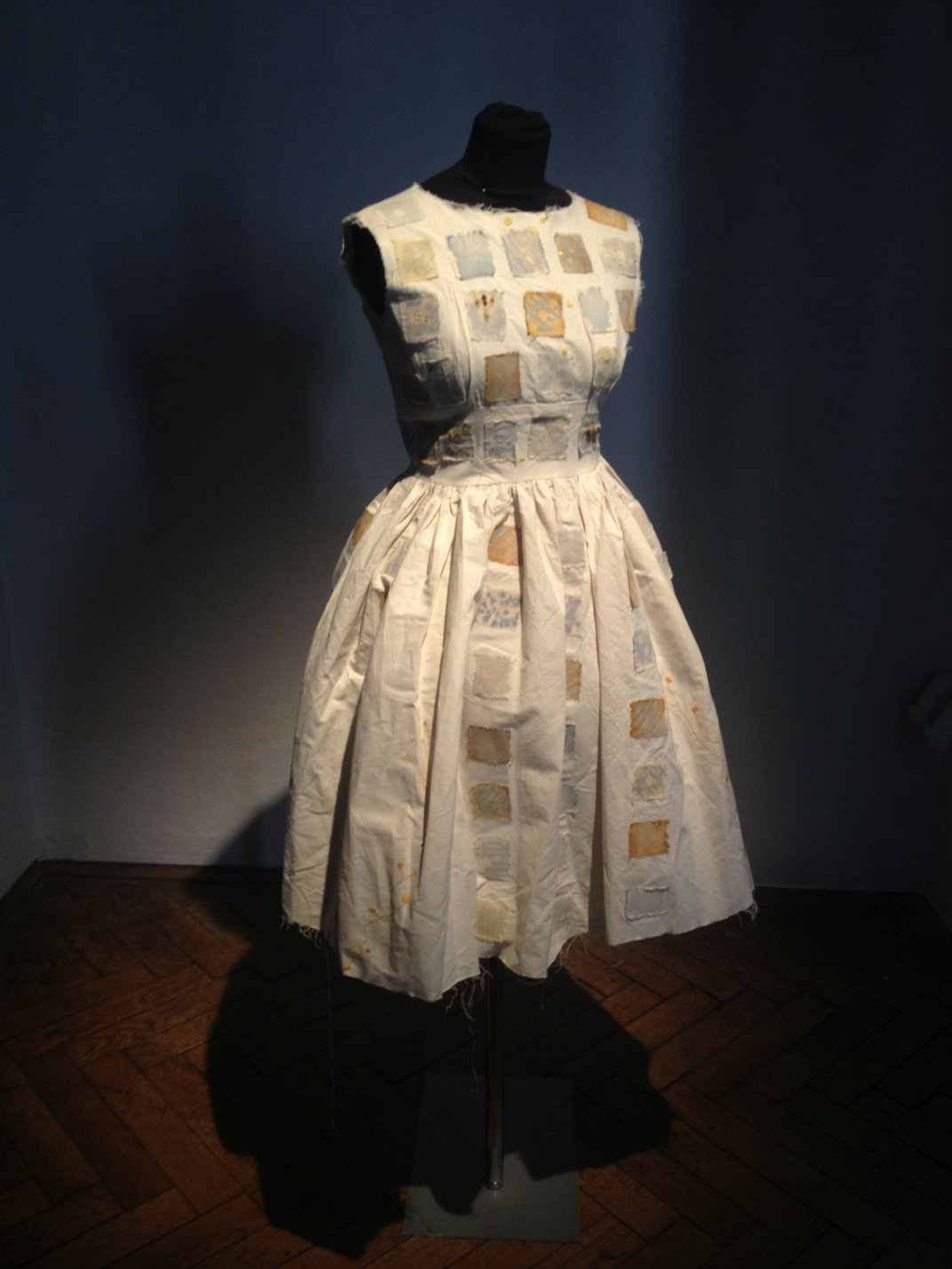 An Artist Dyes Clothes and Quilts With Tuberculosis and Staph Bacteria