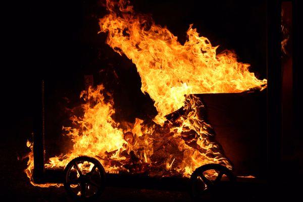 Wagon Bonfire thumbnail