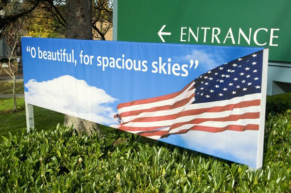 A sign showing the entrance to America thumbnail