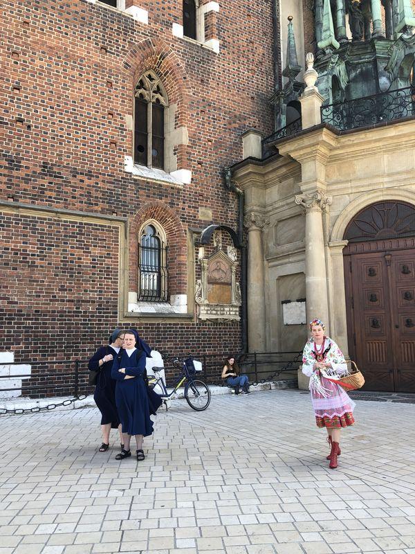 Poland — Past and Present thumbnail
