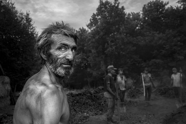 charcoal workers thumbnail