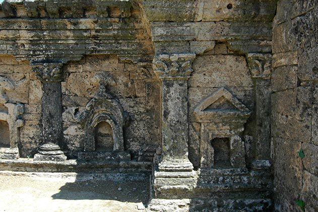 Three eras of Taxila