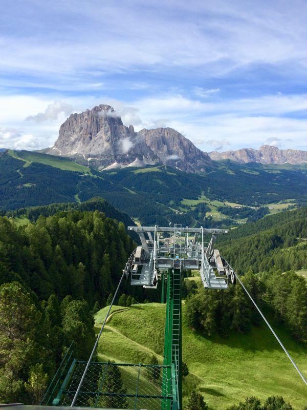 the fantastic mountains of Dolomites thumbnail