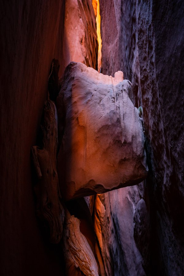 Wedged Boulder thumbnail