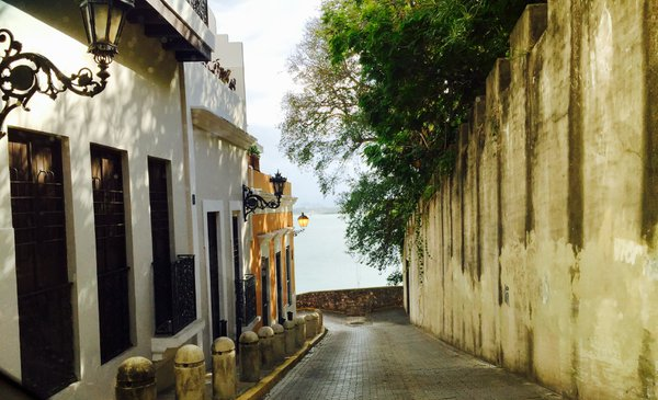 Narrow Street in Puerto Rico thumbnail