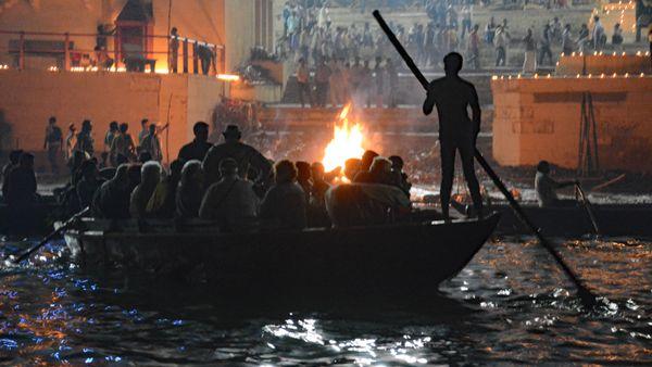 Cremation Ghat, Varanasi, India thumbnail