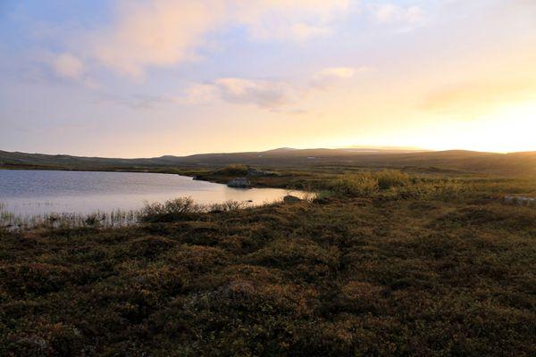 Sunset\sunrise tundra thumbnail