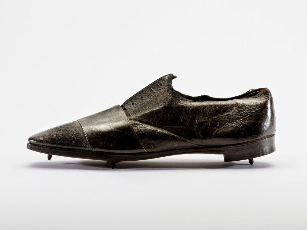 World's oldest extant running shoe