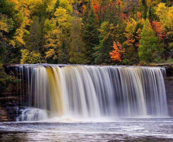 Upper Tahquamenon Falls, Autumn Preview thumbnail