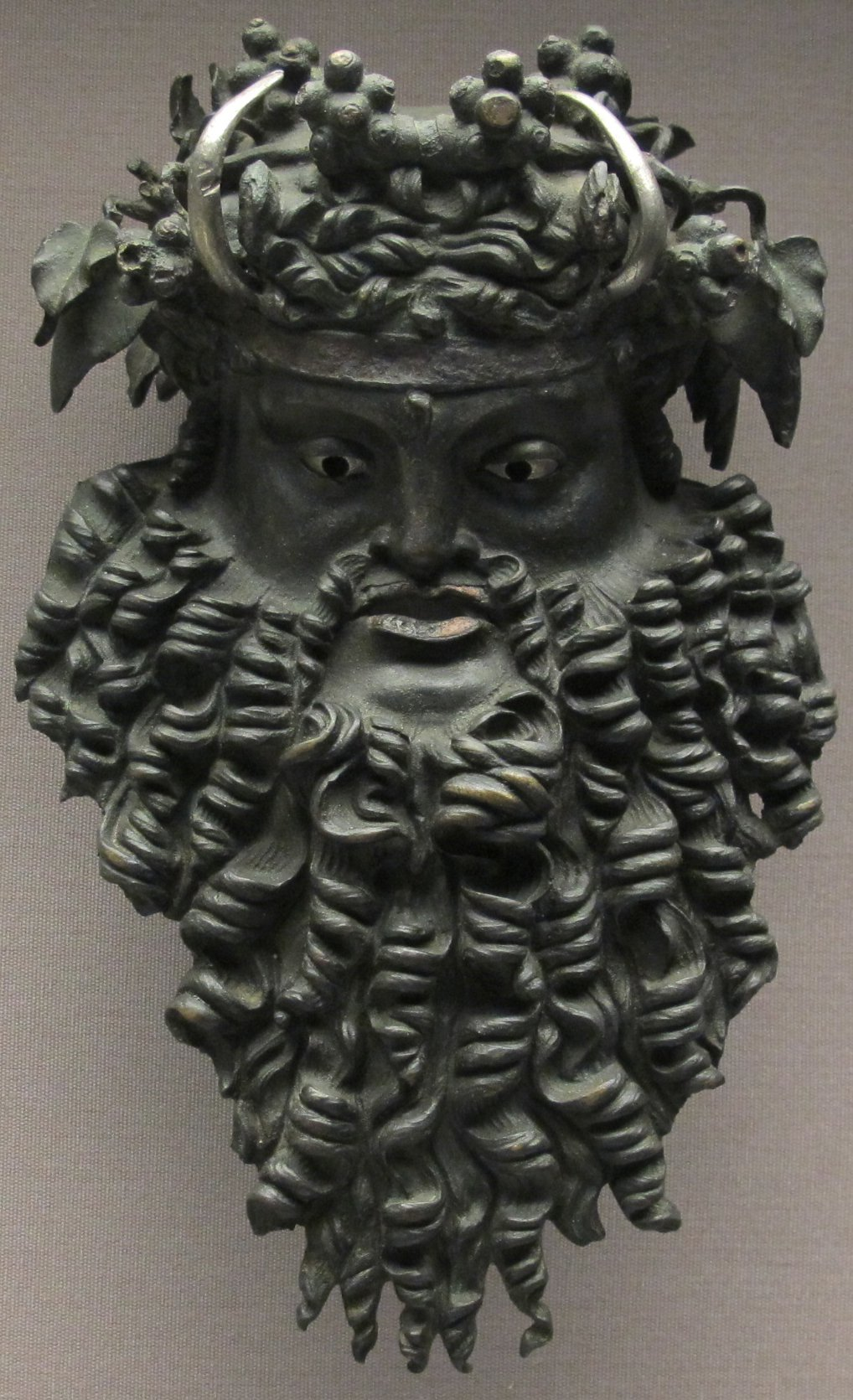 Archaeologists in Turkey Unearth 2,400-Year-Old Dionysus Mask
