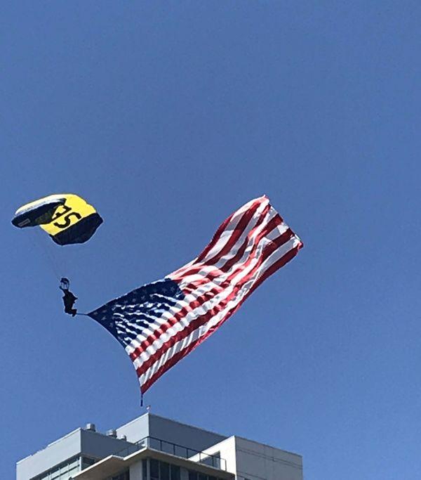 Navy LEAPFROGS Salute thumbnail