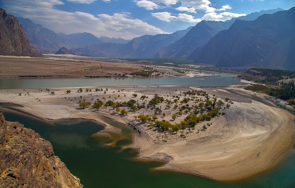 Beauty of Indus River thumbnail