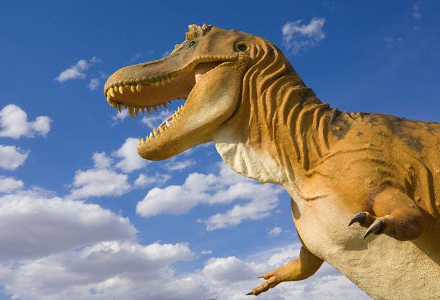 Statue of Tyrannosaurus rex at the Milk River visitor center