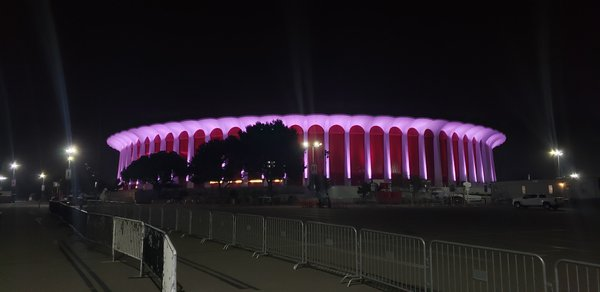 Night shot of the Forum in Inglewood thumbnail