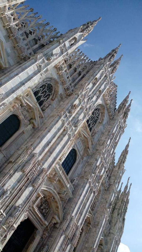 Milan . Cathedral. Duomo thumbnail