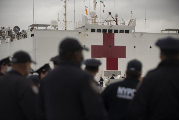 USNS Comfort Departs New York City thumbnail