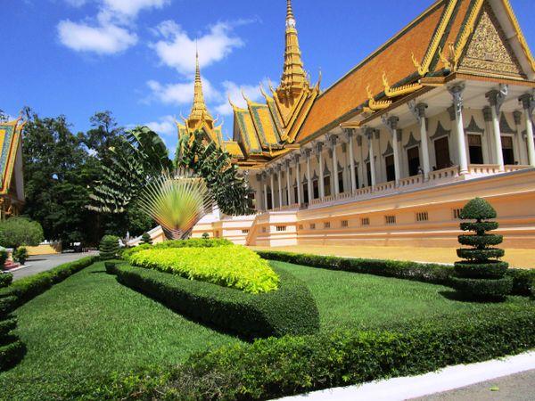 Cambodian Royal Palace thumbnail