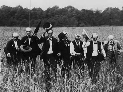 """To mark the 50th anniversary of the Civil War a group of men reenacted """"Pickett's Charge"""" at Gettysburg."""