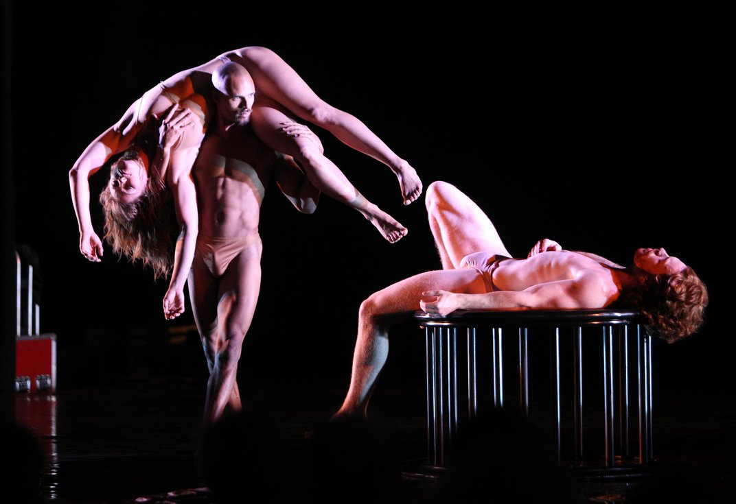 At the Intersection of Dance and Portraiture, Vulnerability and Intimacy Prevail