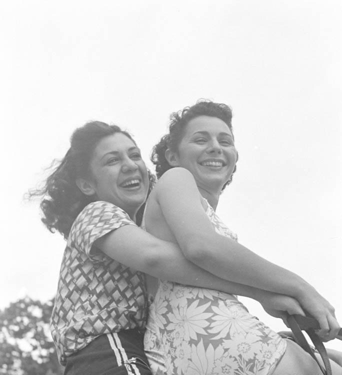 3 Hansel Mieth - International Ladies Garment Workers August 1 1938.jpg