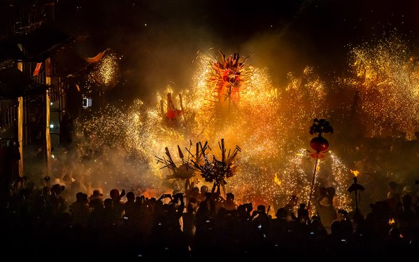 Fiery dragon dance in spring festival thumbnail
