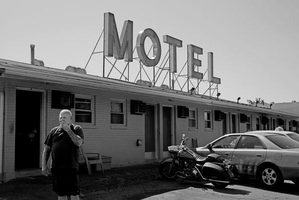 Roadside Motel thumbnail
