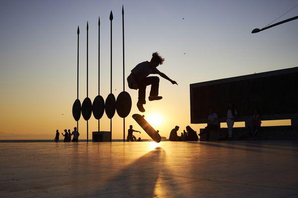 Sunset Skater thumbnail