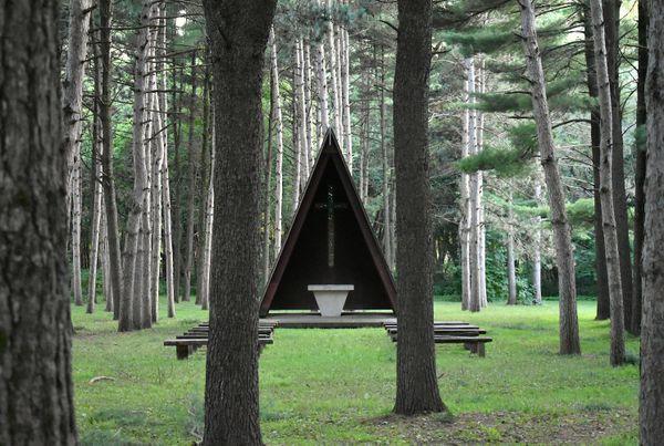Pinewood Chapel thumbnail