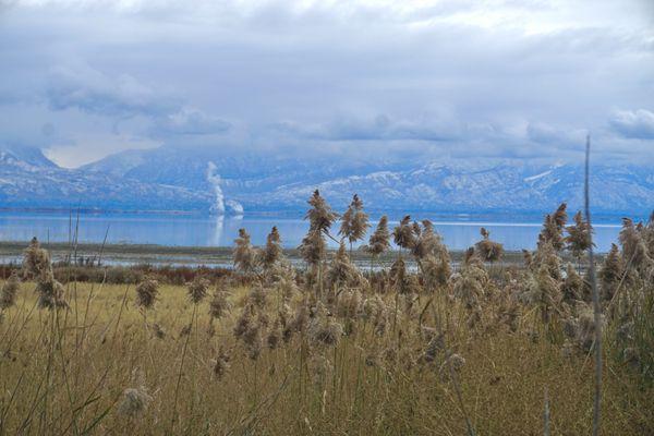 Winter Morning on Utah Lake thumbnail