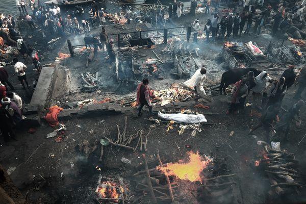 The everburning pyres of Manikarnika thumbnail