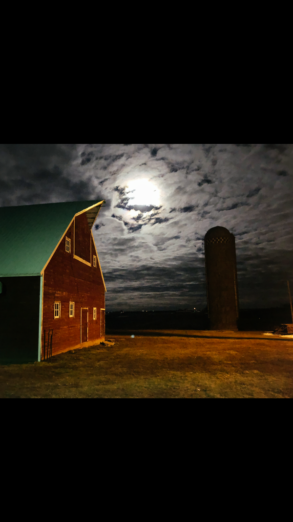 Super moon on the farm thumbnail