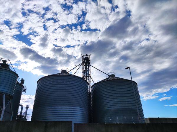 Grain silos thumbnail