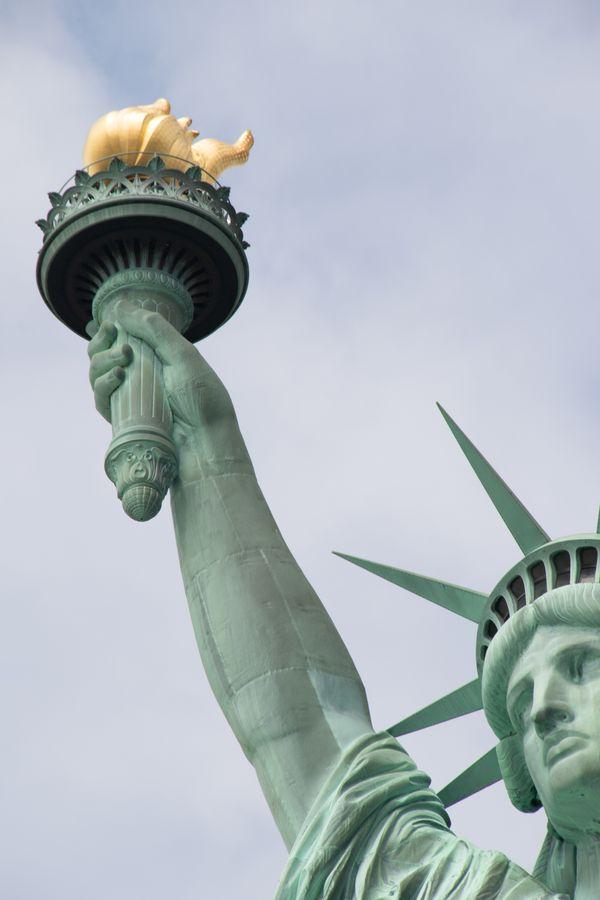 Lady Liberty Calls thumbnail