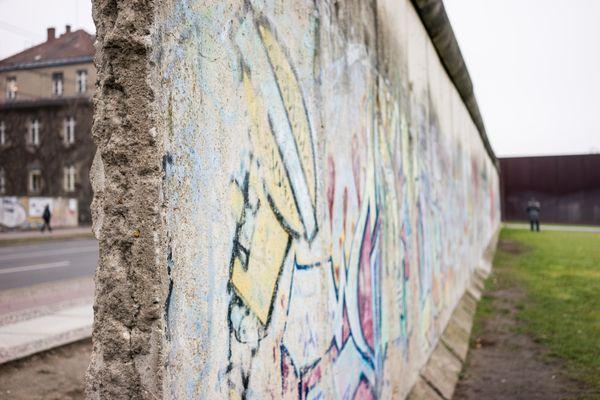 Both Sides of the Berlin Wall thumbnail