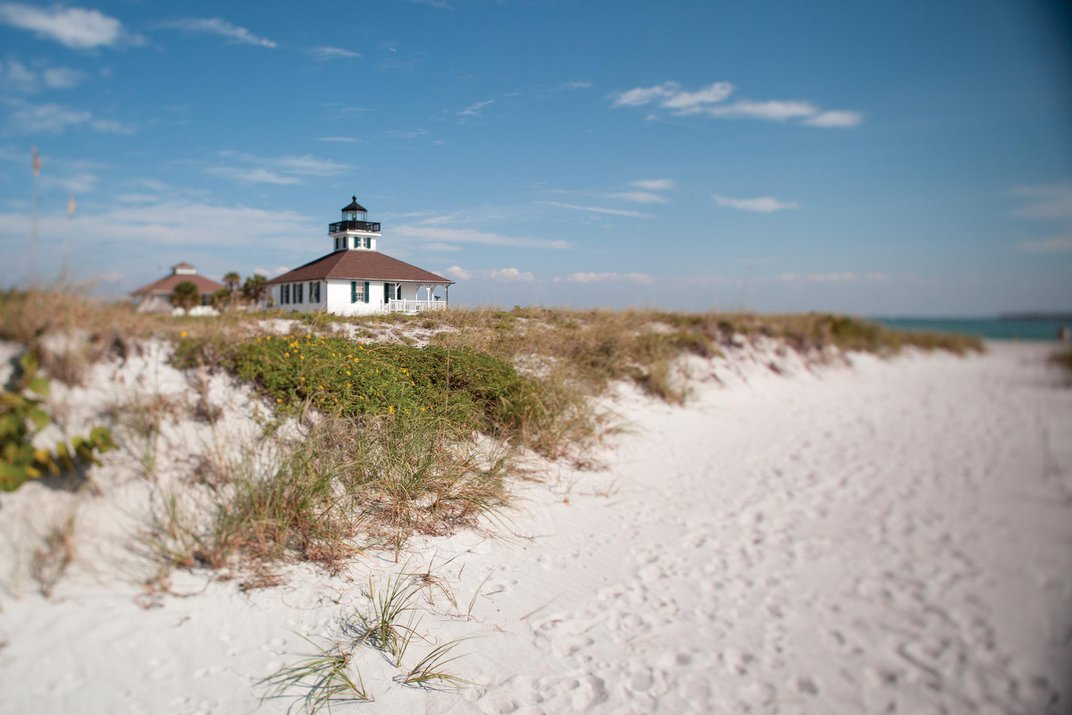 Have a Light Bulb Moment on The Beaches of Fort Myers & Sanibel