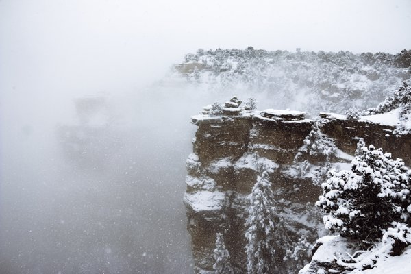 Grand Canyon under the snow thumbnail