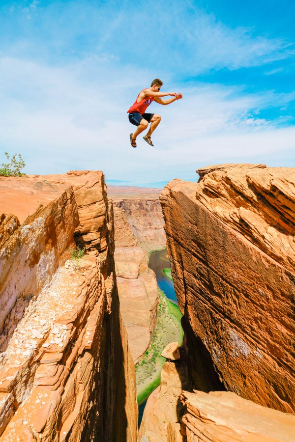 A Risky Jump over Horseshoe Bend thumbnail