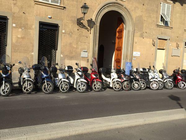 Street Scene in Florence thumbnail