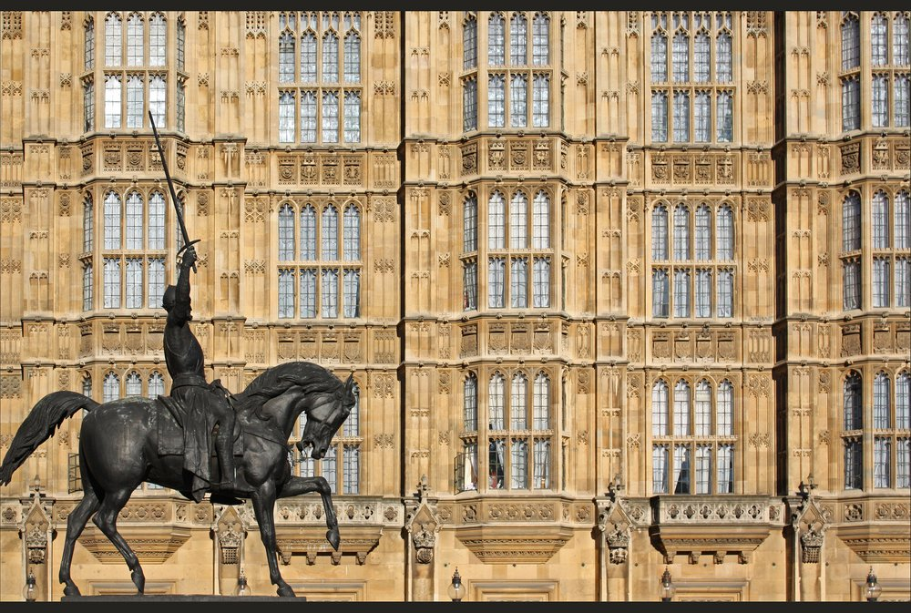 A statue of Richard the Lionheart in London