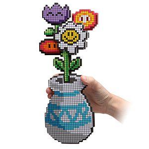 20110520102433e731_8-bit_flower_bouqet.jpg
