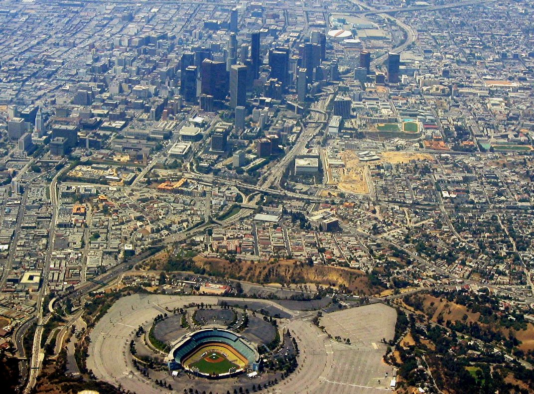 The Complicated Relationship Between Latinos and the Los Angeles Dodgers