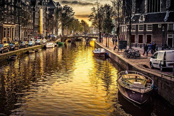 Golden Canal, Amsterdam thumbnail