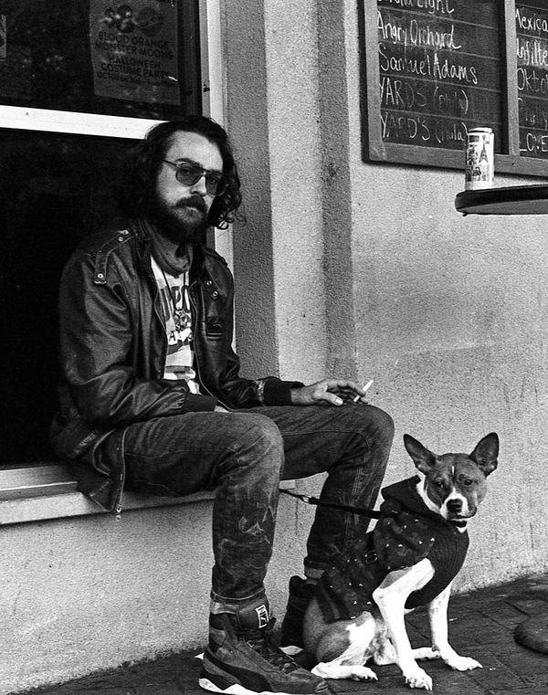 A man and a dog thumbnail