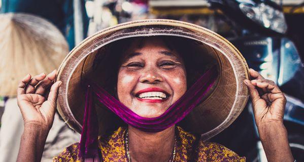 Vietnamese lady in the market thumbnail