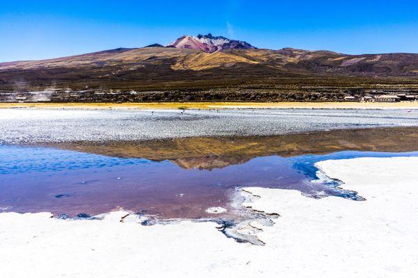 Tunupa volcano in Uyuni salt flats thumbnail